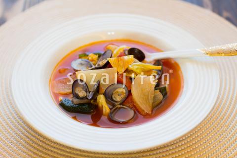 カブとしじみのトマトスープ
