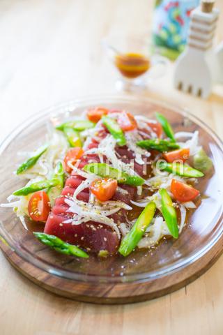 マグロと春野菜のカルパッチョ