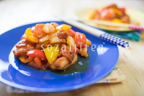 黒酢のトマト酢豚