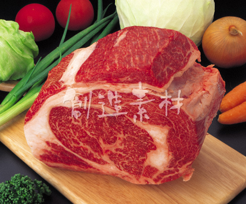 すき焼き用の牛肉ブロックロース
