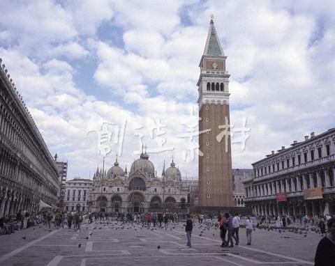 ベネチアのサンマルコ広場