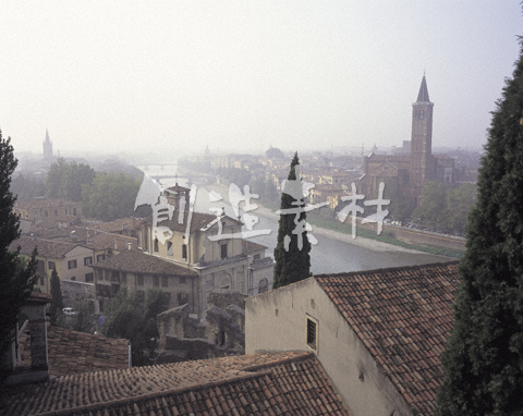 ヴェローナの町並