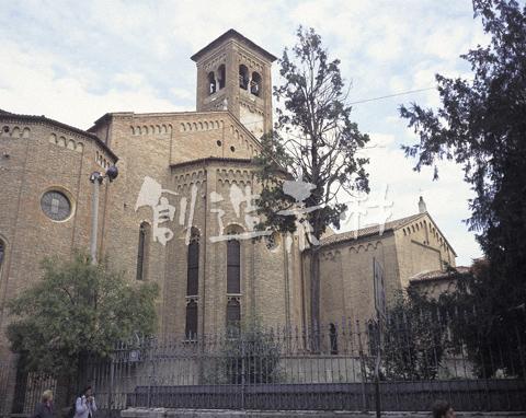 エレミターニ教会