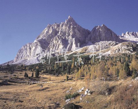 ファルツァレーゴ峠