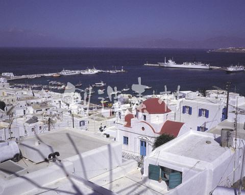 ミコノスタウンとエーゲ海