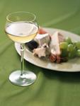 白ワインとチーズの盛り合わせ