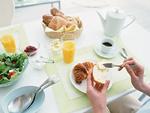 朝食シーン