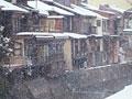 タイトル:雪の町並