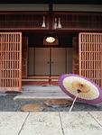 番傘と玄関