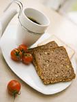 胚芽パンとコーヒー