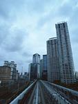 ビル街と線路