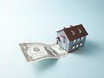 ドル紙幣と家の模型