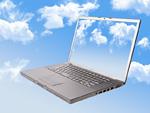 雲とノートパソコン