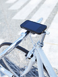 自転車に設置したスマートフォン