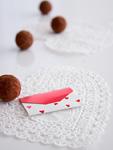 トリュフチョコレートとメッセージカード