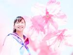 女子中学生と桜の花