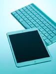 タブレットPCとワイヤレスキーボード