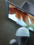 タブレットPCとLED電球