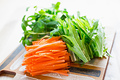 タイトル:ハリハリ野菜