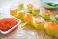 タイトル:ロールてまり寿司