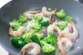 タイトル:海老とブロッコリー