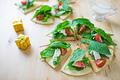 タイトル:ルッコラのサラダピザ