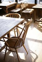 カフェの椅子