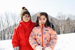 スキーウエアの子供