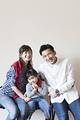 タイトル:家族3人のポートレート