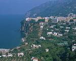 ソレントの町並と海