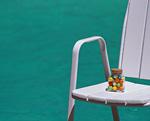 プールサイドの椅子