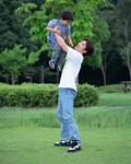 公園の父と息子