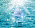 タイトル:きらめく水面