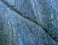 タイトル:岩
