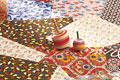 タイトル:コマと折り紙