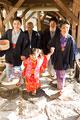 タイトル:温泉に来た三世代ファミリー