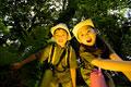 タイトル:宝探しをする男の子と女の子