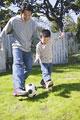 タイトル:親子でサッカー