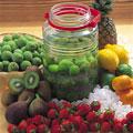 タイトル:梅酒と果物