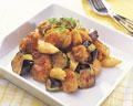 タイトル:揚げにんにくと鶏のピリ辛ソース