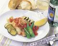 タイトル:スズキと夏野菜のワイン蒸し