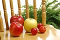 タイトル:ふじリンゴと姫リンゴとゴールデンデリシャス