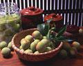 タイトル:梅と梅酒と壷