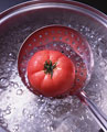 タイトル:トマトと鍋