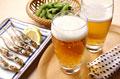 タイトル:生ビールと枝豆とししゃも