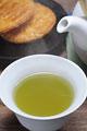 タイトル:緑茶と煎餅