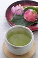 タイトル:緑茶と和菓子