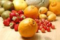 タイトル:春の果物集合