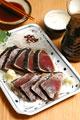 タイトル:カツオのたたきと日本酒