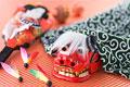タイトル:獅子舞と羽子板と羽根